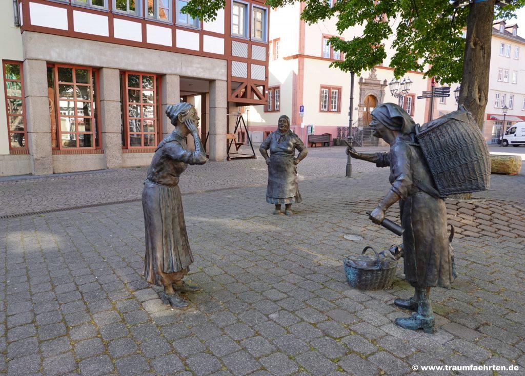 Bronzefiguren Rotenburg an der Fulda Tratschweiber