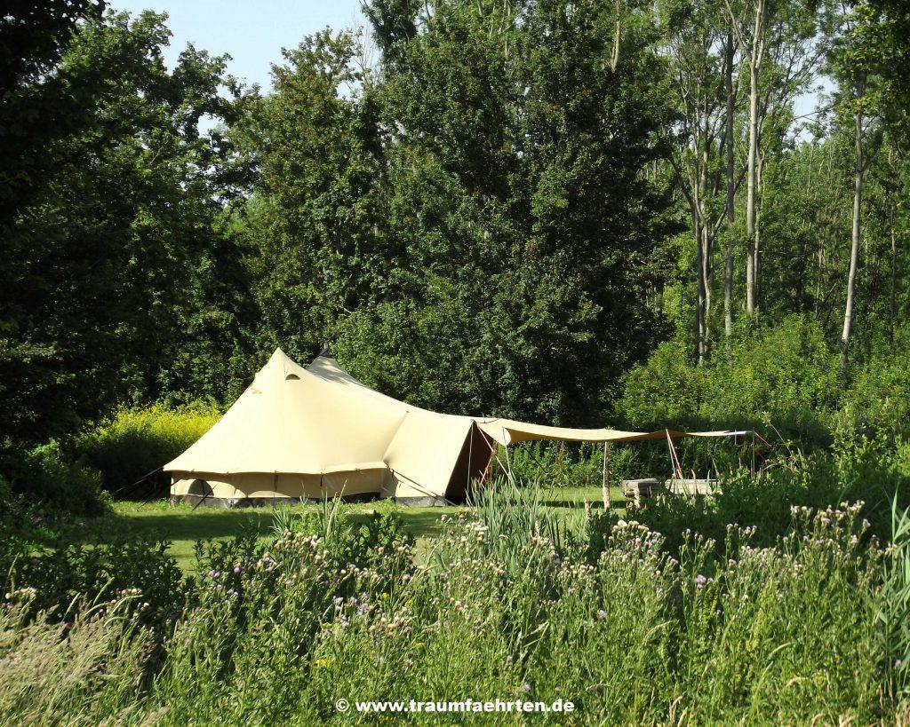 Tipi Tent Camping De Wielewaal